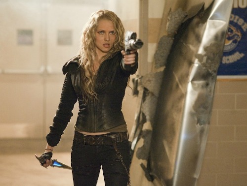 Interview: Teresa Palmer Channels Angelina Jolie and Gets ... I Am Number Four Teresa Palmer