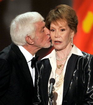SAG 2012: Dick Van Dyke and Mary Tyler Moore