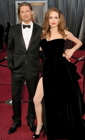 Oscars 2012: Angelina's Leg