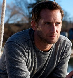 Josh Lucas in Hide Away
