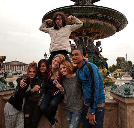 LOL: Miley Cyrus and friends in Paris