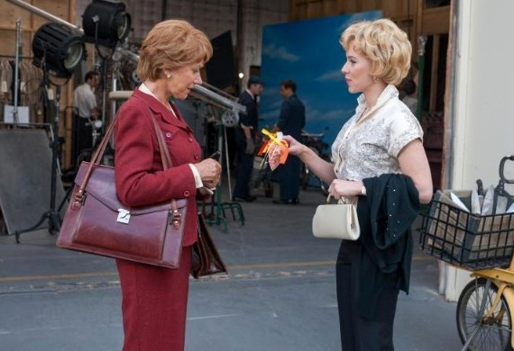 Helen Mirren and Scarlett Johansson in Hitchcock