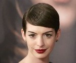 Anne Hathaway at Les Miserables Premiere