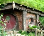 Frugal Kiwi Visits the Hobbiton Set in New Zealand