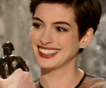 SAG Awards 2013: Anne Hathaway Wins Best Supporting Actress for Les Miserables