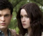 Trailer Talk: Beautiful Creatures is Dark, Dreamy, Supernatural