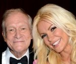 Hugh Hefner Marries Crystal Harris: Check Out Her Pink Wedding Dress 