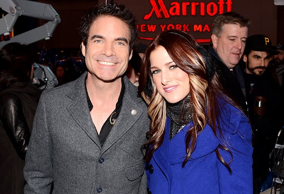 Pat Monahan and The Voice winner Cassadee Pope, New Year's Eve 2013