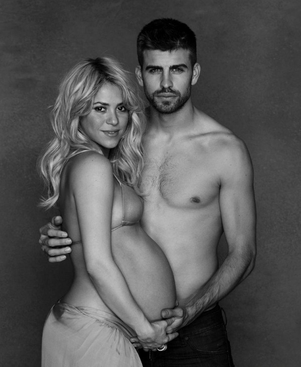 Shakira and Gerard Pique Reveal Nude Baby Bump