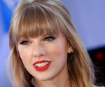 Taylor Swift Performs at Dick Clark&#8217;s New Year&#8217;s Rockin&#8217; Eve with Ryan Seacrest 2013