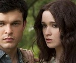 Movie Review: Beautiful Creatures is Gothic, Supernatural and Twilight-ish (Lisa de Vincent)