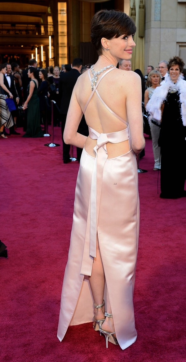 oscars 2013 anne hathaway wins best supporting actress