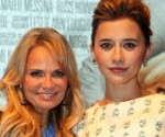 Kristin Chenoweth, Olesya Rulin Talk Jump Ropes, Reality TV and Their New Film, Family Weekend