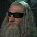 News From Middle Earth: Orlando Bloom! Hugo Weaving! Gandalf in 3D Glasses!