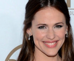 Jennifer Garner Wears Oscar de la Renta at the Producers Guild Awards