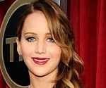 Jennifer Lawrence's Wardrobe Malfunction at the 2013 SAG Awards