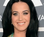 Ellen DeGeneres Ogles Katy Perry's Revealing Dress at the Grammy Awards 2013