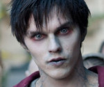 Warm Bodies: Watch the First Four Minutes of the Zombie Romance