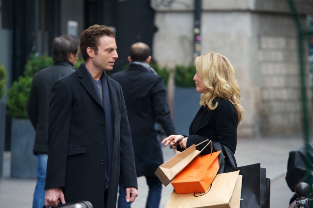 """Justin Kirk and Gillian Anderson as siblings in """"Last Love"""""""
