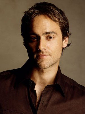 Exclusive Interview: Stuart Townsend on ABC's Sexy ...