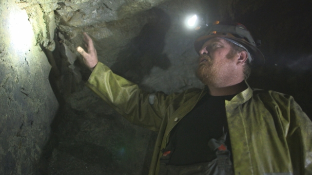 Ghost Mine: Bucket gets touched.