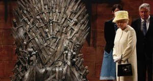Game of Thrones Queen of England 2