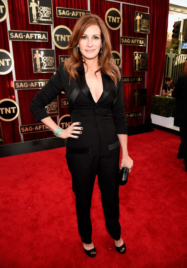LOS ANGELES, CA - JANUARY 25:  Julia Roberts attends TNT's 21st Annual Screen Actors Guild Awards at The Shrine Auditorium on January 25, 2015 in Los Angeles, California.   (Photo by Kevin Mazur/WireImage via Image.net)