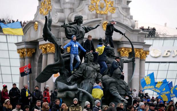 """A still from """"Maidan"""""""