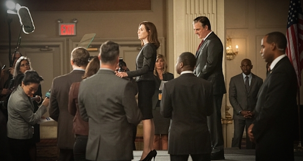 Alicia faces the press - The Good Wife