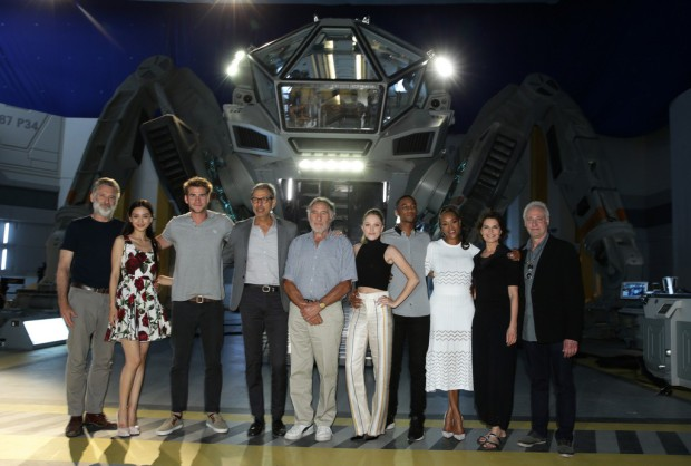 """EXCLUSIVE -  Cast of """"Independence Day Resurgence"""" seen at the """"Independence Day Resurgence"""" Global Production Event on Monday, June 22, 2015, in Albuquerque, New Mexico. (Photo by Eric Charbonneau/Invision for Twentieth Century Fox/AP Images)"""