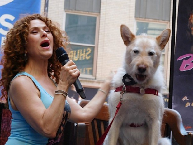 "Broadway Barks 2015: Bernadette Peters sings to ""Sandy"" from ""Annie"" 