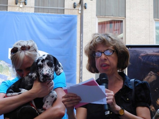 "Broadway Barks 2015: Jackie Hoffman of ""On the Town"" 