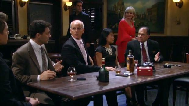 "Ava meets with the five families on ""General Hospital"""