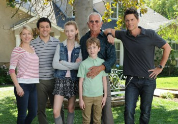 L-R: Mary Elizabeth Ellis, Fred Savage, Hana Hayes, William Devane, Connor Kalopsis and Rob Lowe in the series premiere episode of THE GRINDER airing Tuesday, Sept. 29 (8:30-9:00 PM ET/PT) on FOX. ©2015 Fox Broadcasting Co. | Ray Mickshaw/FOX