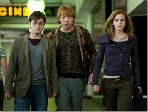harry-potter-and-the-deathly-hallows-1