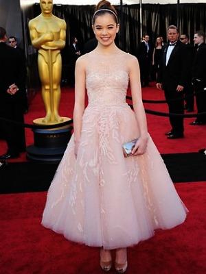 Oscars 2011, red carpet, hailee steinfeld, true grit