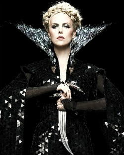 Snow White and the Huntsman, Evil Queen