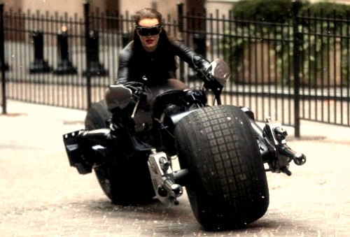 The Dark Knight Rises: Anne Hathaway as Catwoman