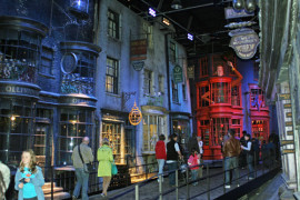 Diagon Alley Harry Potter Warner Brothers