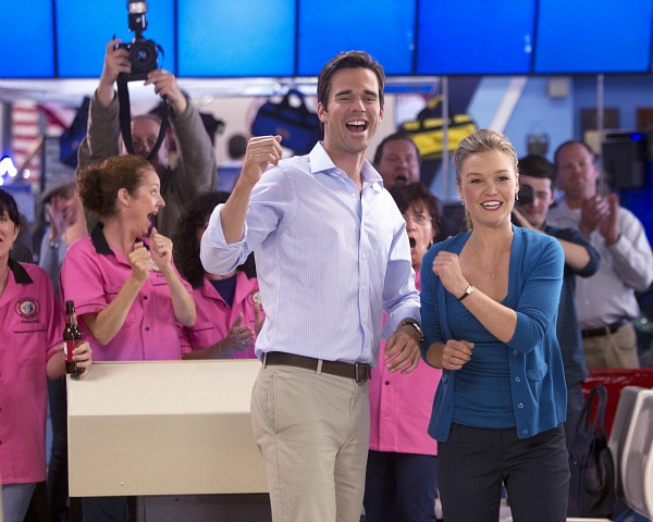"David Walton and Julia Stiles in ""The Makeover"""