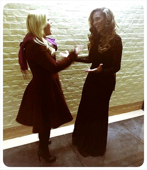 Kelly Clarkson and Beyonce at the Inauguration 2013