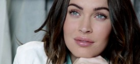 Megan Fox Talks to Dolphins in Acer Commercial