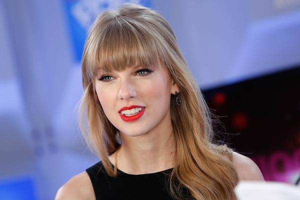Taylor Swift, New Year's Eve 2013