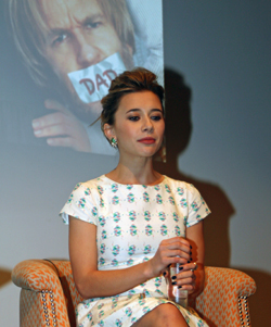 Olesya Rulin at the press conference in New York | Melanie Votaw Photo