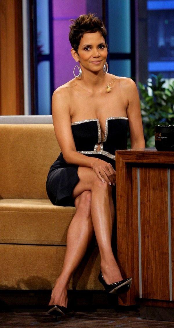 Halle Berry Shows Some Cleavage on Jay Leno