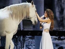 Shania Twain and White Horse in Las Vegas
