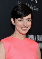 Pink Party 2013: Anne Hathaway