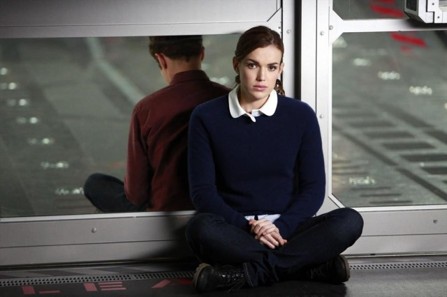 Agents of SHIELD: Iain De Caestecker, Elizabeth Elizabeth Henstridge