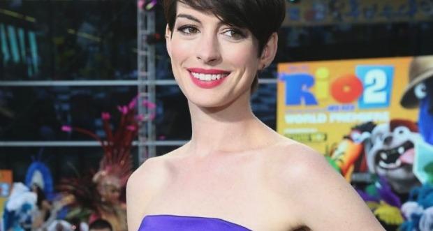 Anne Hathaway Rio 2 Premiere