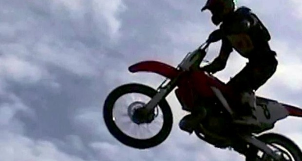 Man Attempts 180-Foot Bike Jump